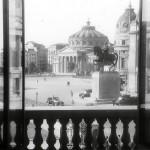 Aşa arăta Piaţa Palatului acum 70 de ani!