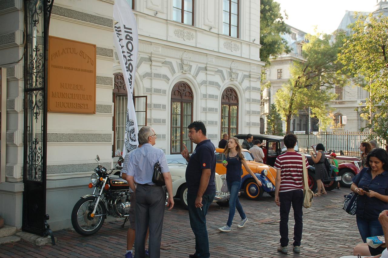 Pionierii automobilismului în București - expoziție la Muzeul Municipiului București (Palatul Șuțu)