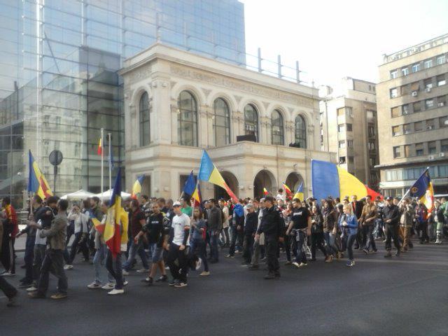 În București s-au desfășurat în anii recenți mai multe marșuri unioniste, la care au participat mii de oameni.